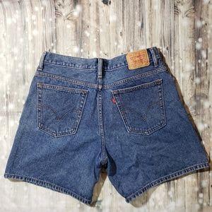 Levi's Medium Wash High Rise Wedgie Shorts Size 14